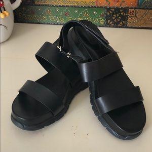 Cole Haan sandals women's sz 10 w/zero grand sole